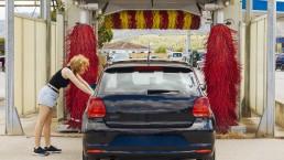 ร้านล้างรถมีหลายแบบนะ - น้ำยาเคลือบสี BKKRollin' Quickwax Ultimate Shine